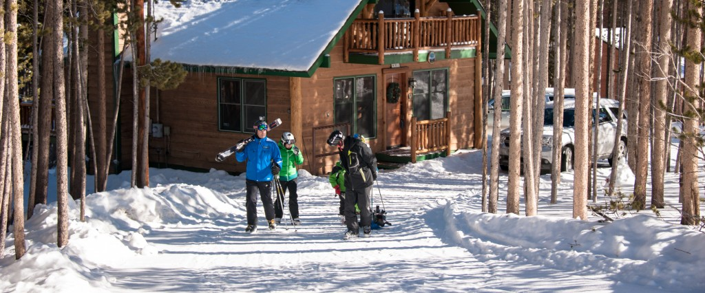 Setting out for the slopes, just 3 houses along the street to the runs on Peak 8 Breckenridge