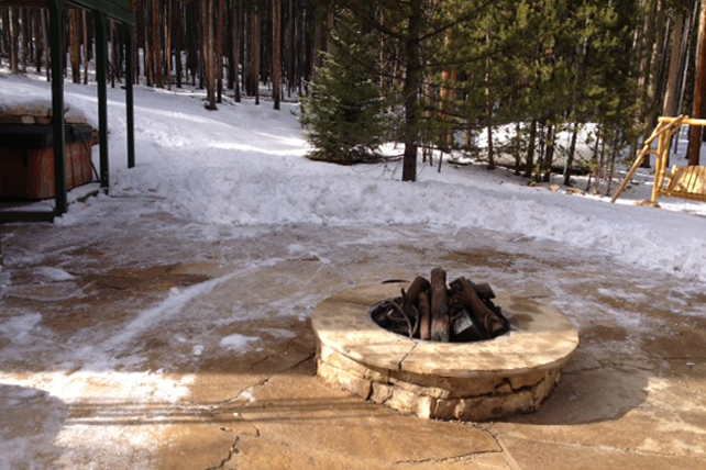 the_cabin_fire_pit_7